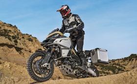 Ducati Multistrada 1200 Enduro Pro е тук за да дразни BMW, KTM, Honda и компания. Галерия и видео